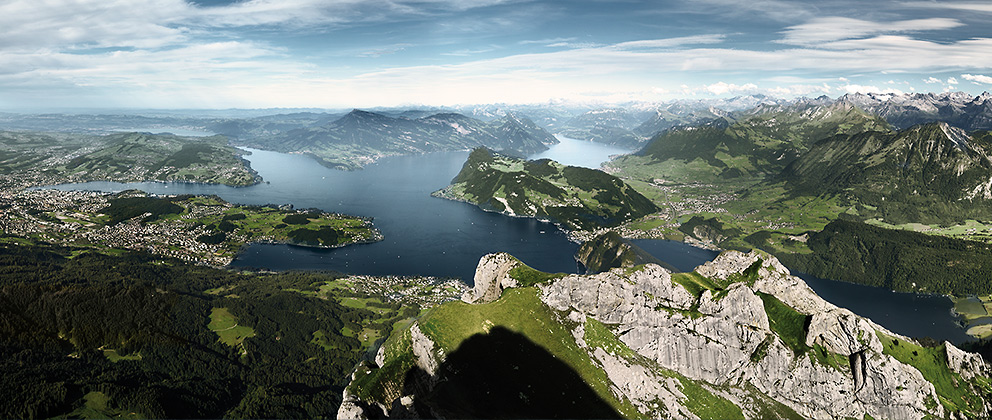 Private Guided City Walk And Golden Roundtrip Mt Pilatus